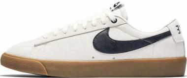 Nike SB Air Zoom Blazer Low GT - Brown