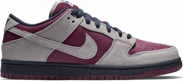 huge selection of dd784 a603d Nike SB Dunk Low Pro