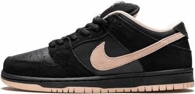 Nike SB Dunk Low Pro - Black / Coral