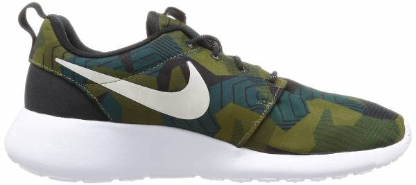 new product 4cd7c db588 Nike Roshe One Print Green