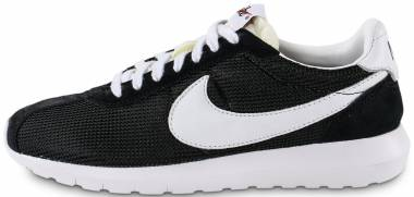 17 Best Nike Roshe Sneakers (September 2019) | RunRepeat