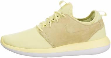 Nike Roshe Two Breathe - Lemon Chiffon / Lemon Chiffon-white-black (898037700)