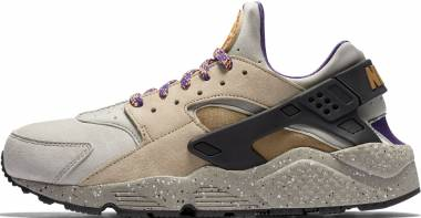Nike Air Huarache Premium Beige Men