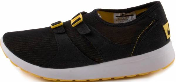 e40d8fac89a9 11 Reasons to NOT to Buy Nike Air Sock Racer OG (May 2019)