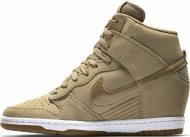 en soldes 55442 a2a7d Nike Dunk Sky Hi Essential