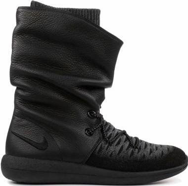 huge selection of b8f48 4e360 Nike Roshe Two Hi Flyknit Sneakerboot