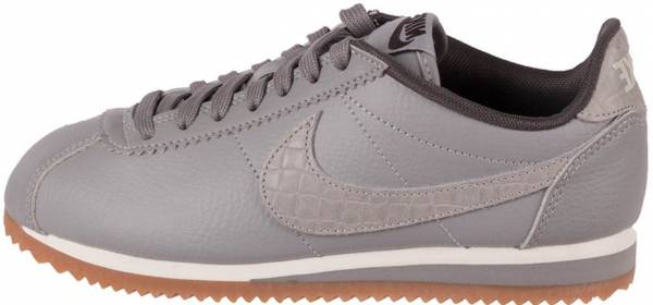 c435c5e47 14 Reasons to NOT to Buy Nike Classic Cortez Leather Lux (May 2019 ...