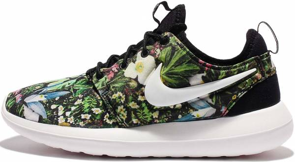 competitive price ec08f 0f816 Nike Roshe Two Print