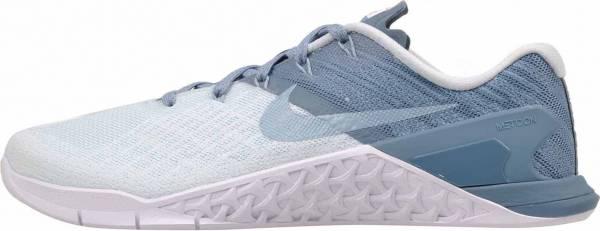buy online f5117 e5037 nike-metcon-3-zapatillas-de -entrenamiento-mujer-blanco-azul-ahumado-glacier-blue-smokey-blue-white-mica-blue-c550-600.jpg