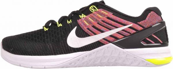 d764307015db nike-metcon-dsx-flyknit-women-s-training-shoe-black-volt-chlorine-blue -female-black-volt-chlorine-blue-5239-600.jpg