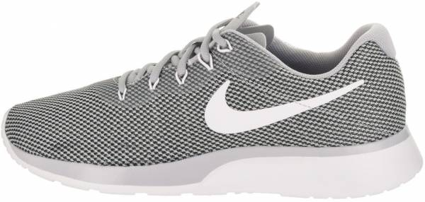 despierta Distinción girasol  Nike Tanjun Racer sneakers in 7 colors (only $34) | RunRepeat