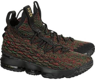 online store 5a21f ca11a Nike LeBron 15