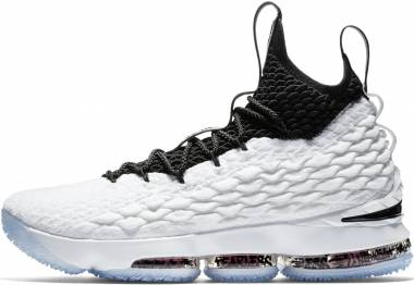 Nike LeBron 15 - White / Black