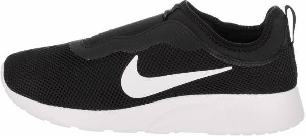 nike tanjun trainers ladies black