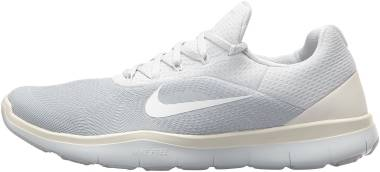 Nike Free Trainer v7 Pure Platinum/White-sail-off White Men