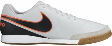 95837968d8011 Nike Tiempo Genio II Leather Indoor Blanco   Negro   Naranja (Pure Platinum    Black