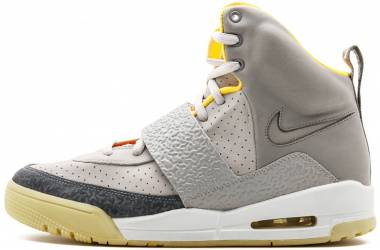 Nike Air Yeezy - Gray (366164002)
