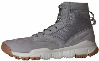 Nike SFB 6 Leather - Gray