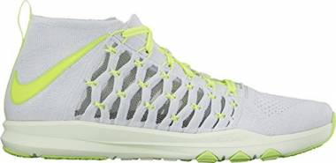 Nike Train Ultrafast Flyknit - Pure Platinum/Volt - Ghost Green - Volt Tint (843694006)