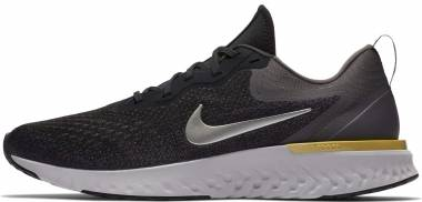 Nike Odyssey React Black / White / Wolf Grey Men
