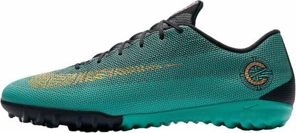 df93e055f191 Nike MercurialX Vapor XII Academy CR7 Turf Review (May 2019)
