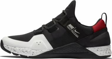 Nike Tech Trainer - Black/Summit White-university Red