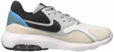 Nike Air Max Nostalgic - Off White (Whiteblackwolf Greynoise Aq 100)