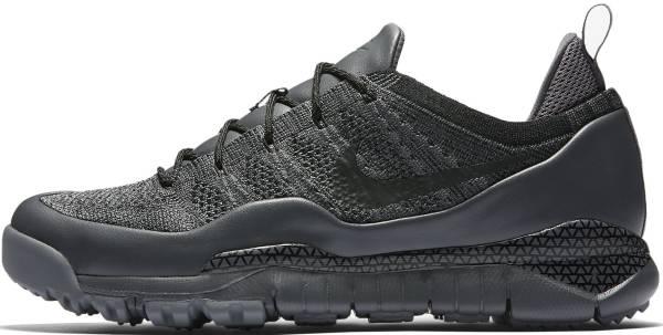 Nike Lupinek Flyknit Low Black