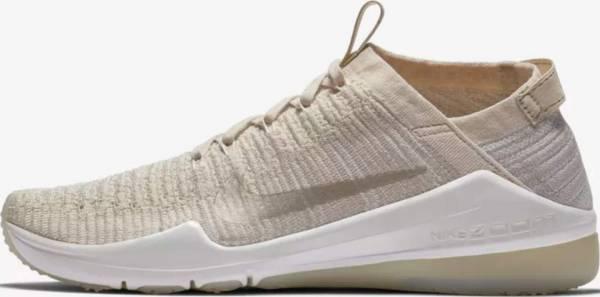 Nike Air Zoom Fearless Flyknit 2 - Beige