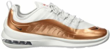 Nike Air Max Axis Premium - Gold