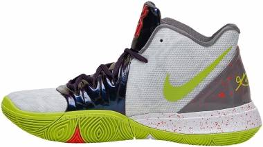 740489e2956b3 Nike Kyrie 5