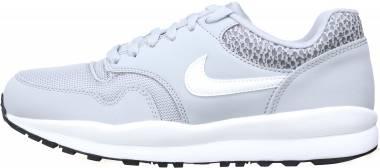Nike Air Safari - Gris Wolf Grey White Black 001 (371740011)
