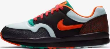 Nike Air Safari SE - Black/Team Orange (AO3298002)