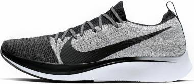Nike Zoom Fly Flyknit - Black