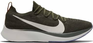 Nike Zoom Fly Flyknit - Multicolore (Sequoia/Summit White-olive Flak 303)