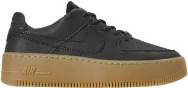 the best attitude 137d6 eb05f Nike Air Force 1 Sage Low LX