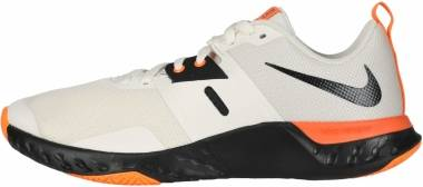 Nike Renew Retaliation TR - Pale Ivory Negro String Naranja Total (AT1238101)