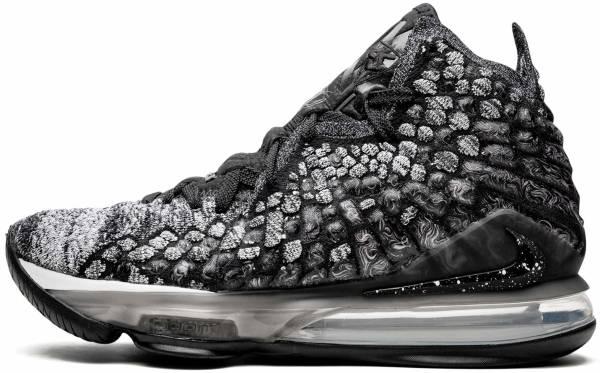 Nike LeBron 17 - Black
