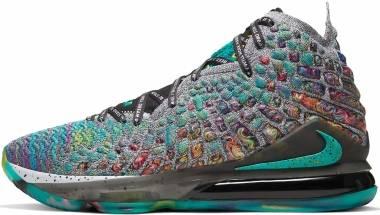 Nike LeBron 17 - Green