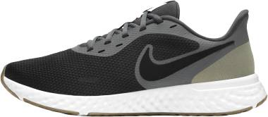 Nike Revolution 5 - Black Iron Grey Lt Army Barely Green Gum Dk Brown (BQ3204016)