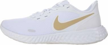 Nike Revolution 5 - White Mtlc Gold Star Platinum Tint (BQ3207108)