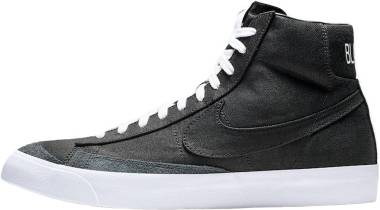 Nike Blazer Mid 77 Vintage - Black/White (CD8238001)