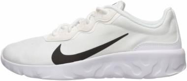 Nike Explore Strada - White