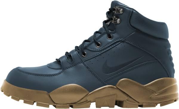 Nike Rhyodomo