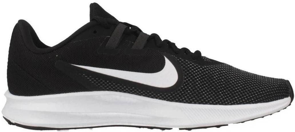 Save 26% on Wide Nike Running Shoes (15