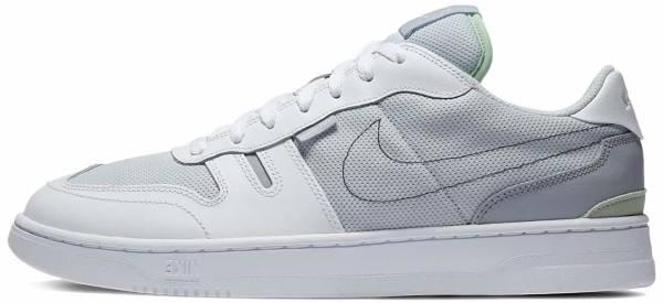 Nike Squash-Type