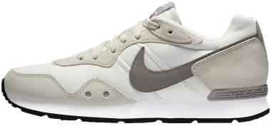 Nike Venture Runner - Fossil / Enigma Stone / Sail / White (CK2944200)
