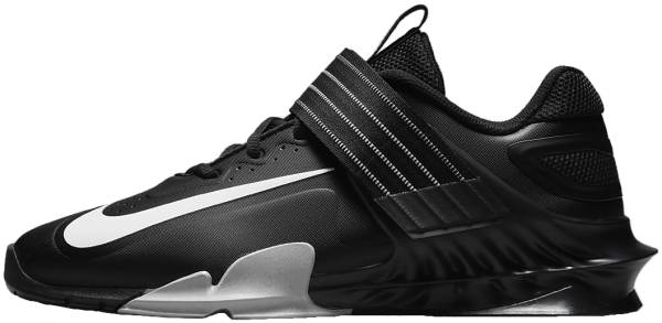 Nike Savaleos