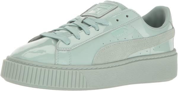 Puma Basket Platform Patent Sneaker für Damen Blau von