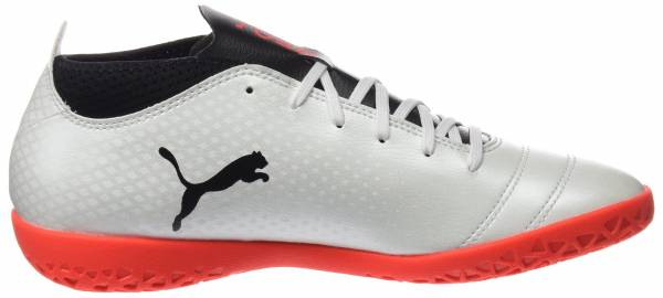 Puma One 17.4 Indoor White (White-black-fiery Coral)